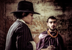 O AMOR DE FRIDA [Modelos: Francine Santos e Victor B. | Produção: Fabio Florentino | Fotografia: Camila Fontenele]